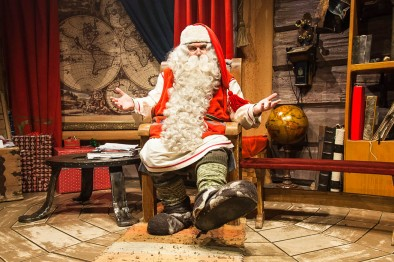 santa-claus-in-his-office-in-rovaniemi