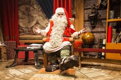 santa-claus-in-his-office-in-rovaniemi